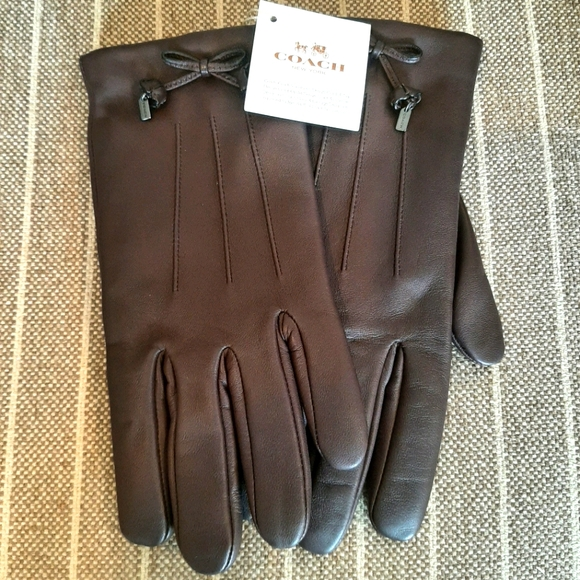 Coach Leather Womens Gloves